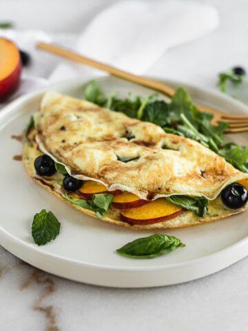 Easy Blueberry Peach Omelet