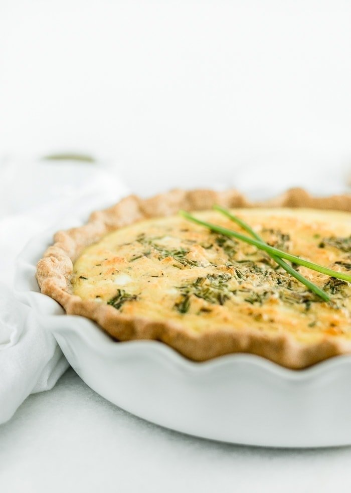 Eggs Benedict Quiche with easy blender hollandaise is a great way to get all the flavors of Eggs Benedict for a crowd without all the work!