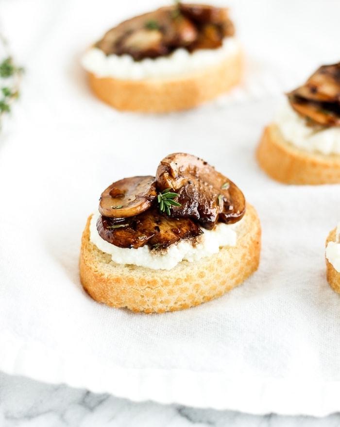 mushroom ricotta crostini