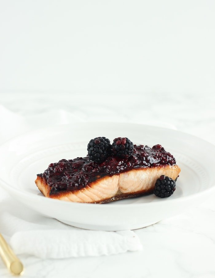 This easy blackberry glazed salmon is a quick and delicious way to get in more heart-healthy omega-3s and antioxidants. Made with only 6 ingredients and in 15 minutes, you can get a healthy dinner on the table quickly! (gluten-free, dairy-free, nut-free)