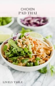 Healthy Chicken Pad Thai that you can make in minutes! Make your favorite thai dish right at home - no takeout needed! (#glutenfree option) #chicken #padthai #thai #healthy #dinner #easy
