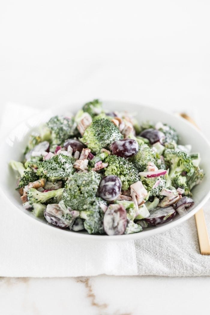 Healthy No-Mayo Broccoli Salad