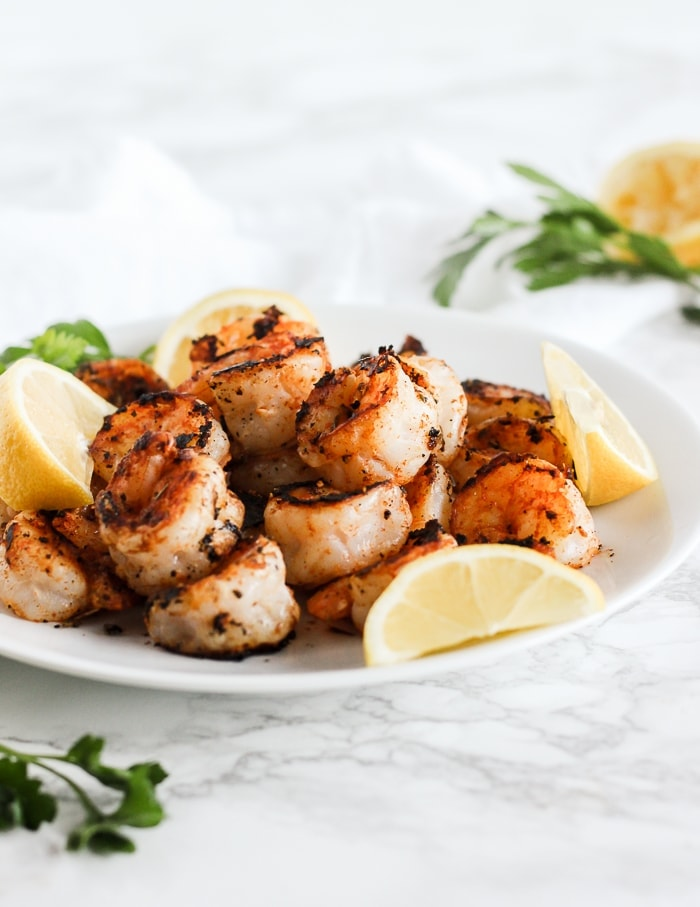 easy blackened shrimp on a plate