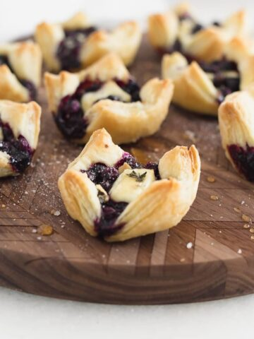 Blueberry brie puff pastry bites