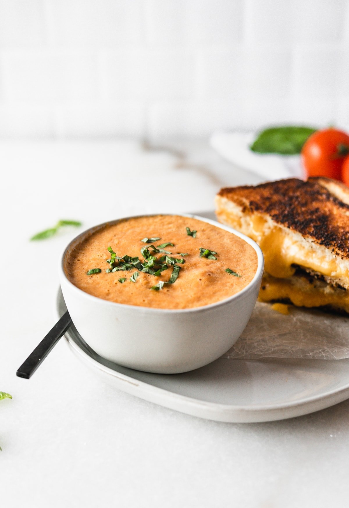 The easiest tomato basil soup recipe made from simple ingredients you already have in your pantry! You're only 7 ingredients from the most delicious tomato soup ever! (gluten-free, vegetarian, vegan option)   via livelytable.com