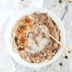 oatmeal with caramelized bananas and dark chocolate chips