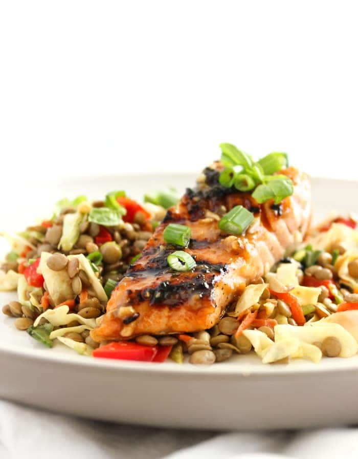 This Thai Lentil Salad with Miso Salmon is a healthy and flavorful dish that can be made in under 30 minutes! (gluten-free, dairy-free) via livelytable.com