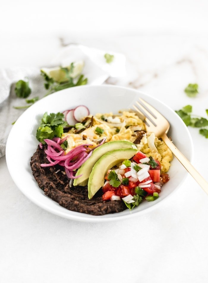 Healthy Migas Breakfast Bowl