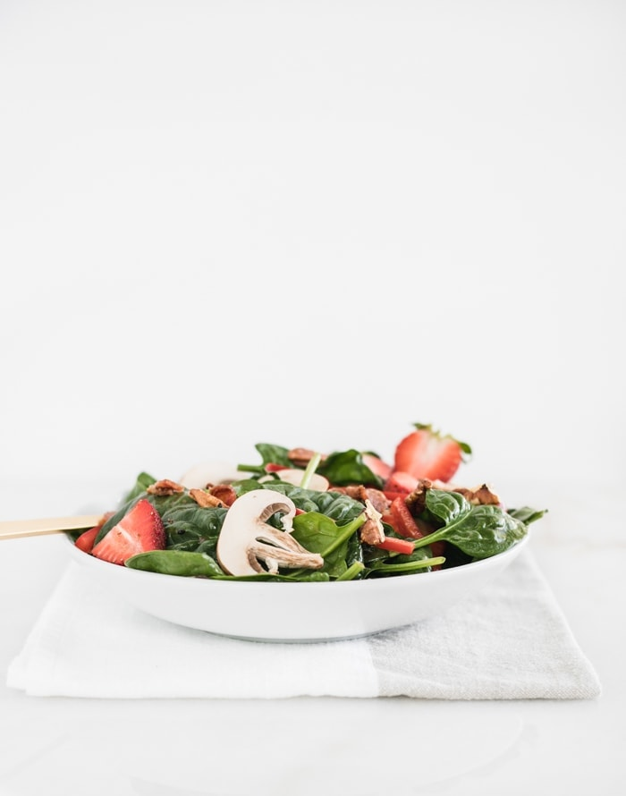La Madeleine Copycat Strawberry Spinach Salad