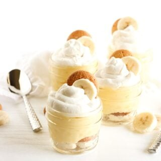 Thick and creamy healthier banana pudding bursting with so much delicious banana flavor, you won't even know it's better for you! Cute mini servings are easy to serve and fun to eat, or make a single big bowl to feed a crowd! (vegetarian)   via livelytable.com