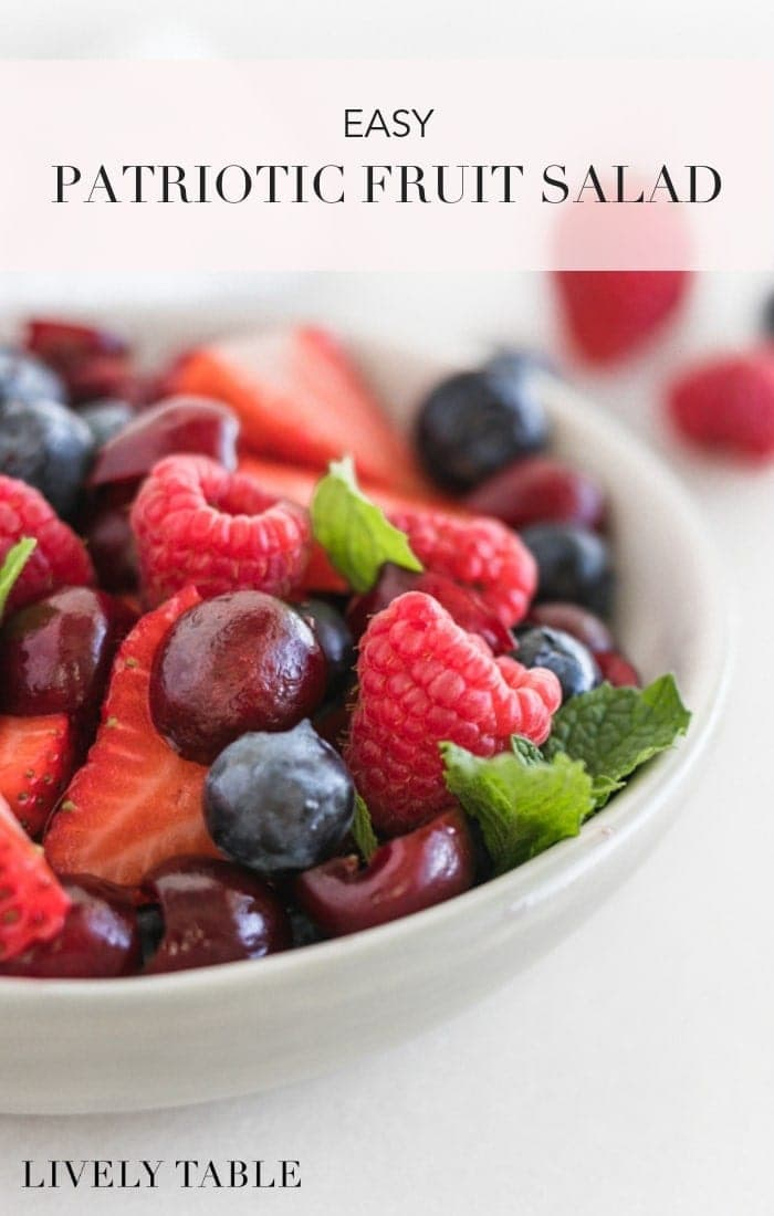 A pretty and patriotic red, white and blue summer fruit salad is the perfect easy summer side dish for all of your summer parties. Make it for Memorial Day, 4th of July, Labor Day, or just because! (#glutenfree, #vegan, #nutfree) #fruitsalad #4thofjuly #berries #redwhiteandblue #memorialday #laborday #recipes #easy