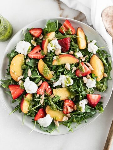 strawberry peach and burrata arugula salad