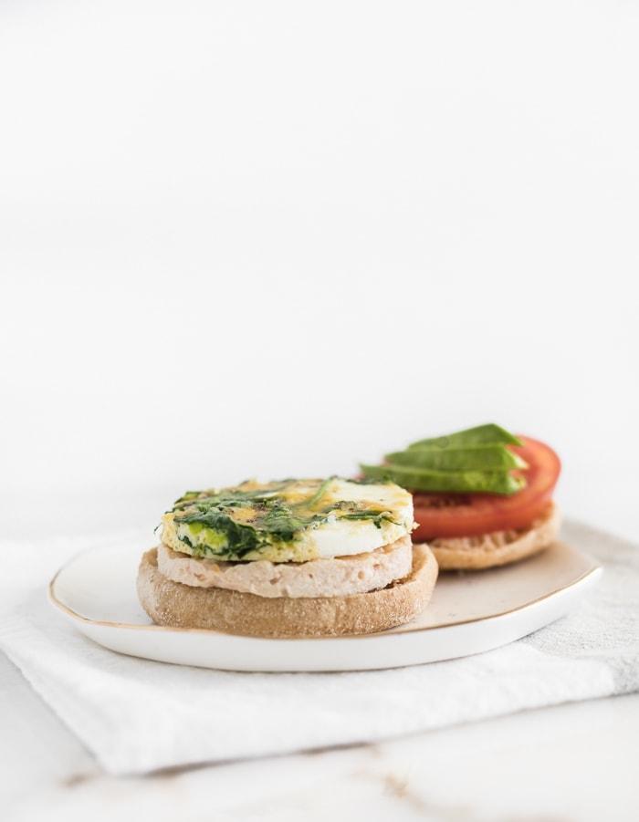 Healthy Meal Prep Breakfast Sandwiches