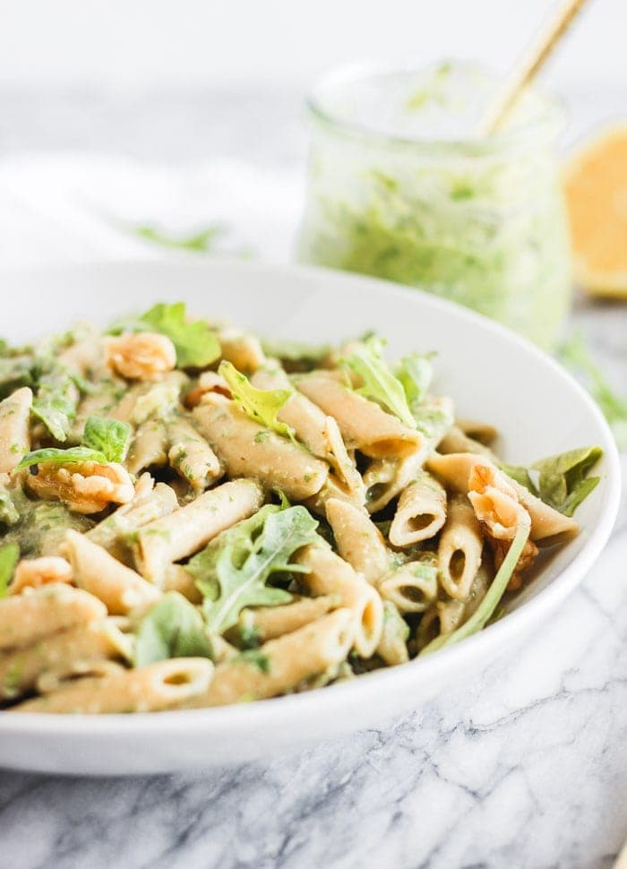 vegan arugula avocado pesto pasta