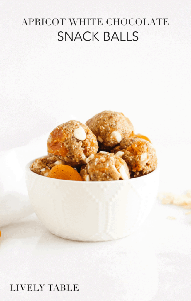 Apricot white chocolate snack balls are delicious, healthy snacks that are easy to prep ahead and grab as you need them. They're great for pregnant and nursing moms or for taking to work or school! (#glutenfree, #vegetarian) #apricoy #snackbites #snackballs #energyballs #energybites #easysnacks #lactationsnacks #recipes #healthy