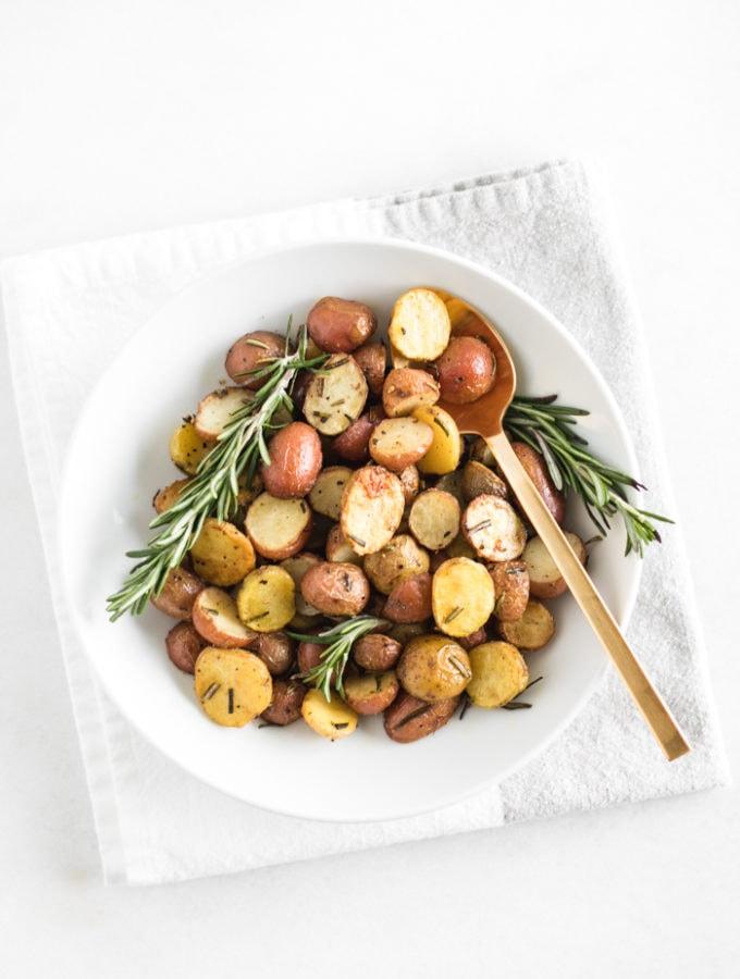 oven roasted rosemary potatoes
