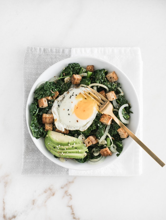 warm kale breakfast salad