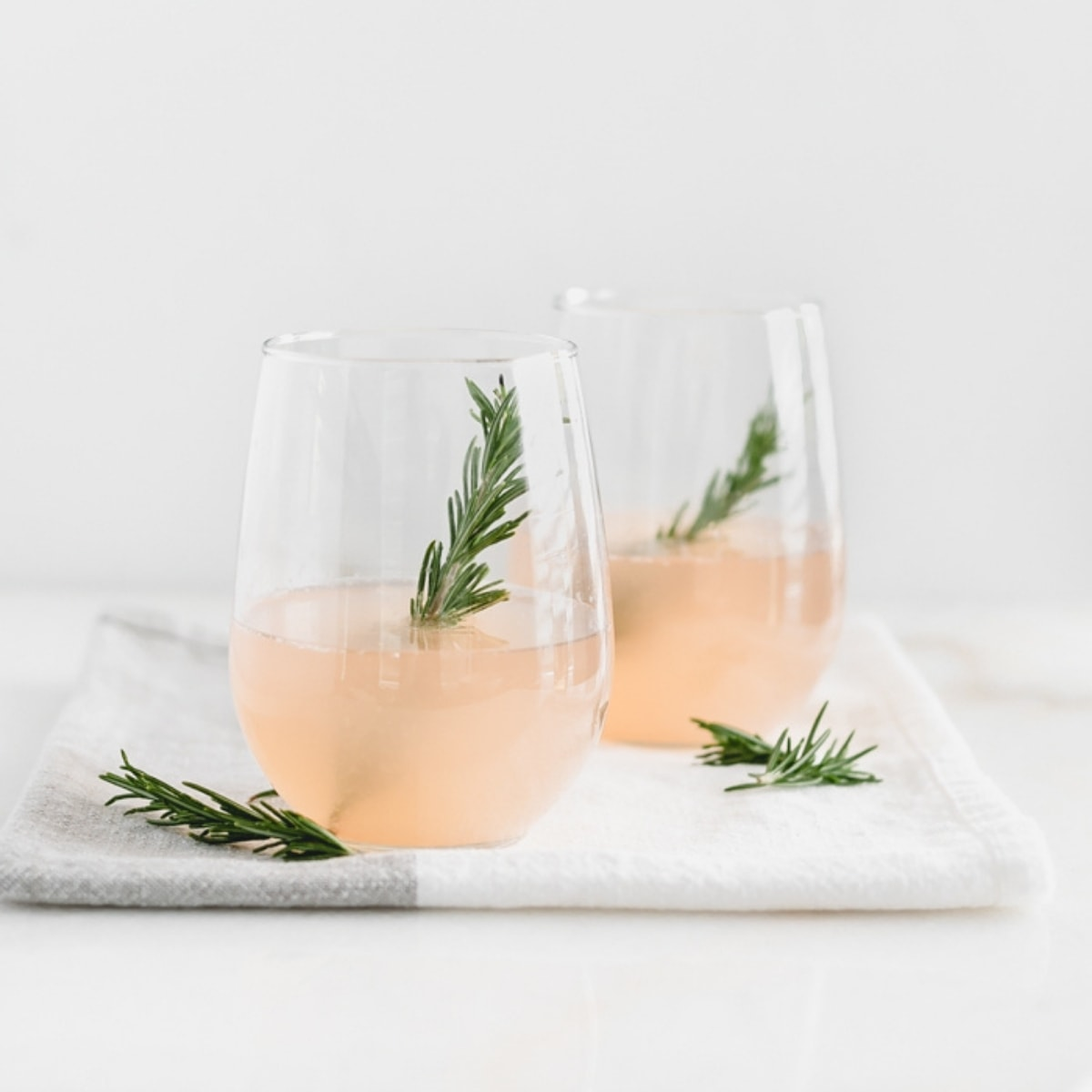 grapefruit prosecco cocktail