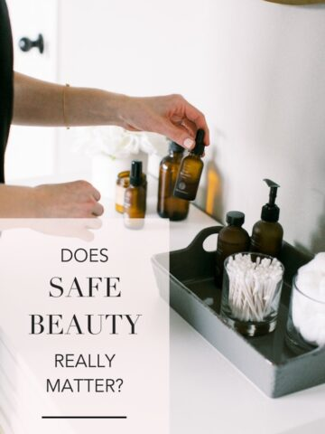 Should you be cleaning up your beauty routine, or is the safer beauty movement just hype? The clean beauty movement isn't going anywhere anytime soon. But is the fear of conventional beauty products rational, and is it worth the extra money for nontoxic beauty products? #cleanbeauty #healthyliving #saferskincare #nontoxic #wellness #beauty #makeup #naturalliving