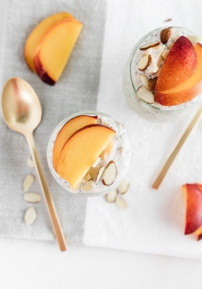 almond peach overnight oats