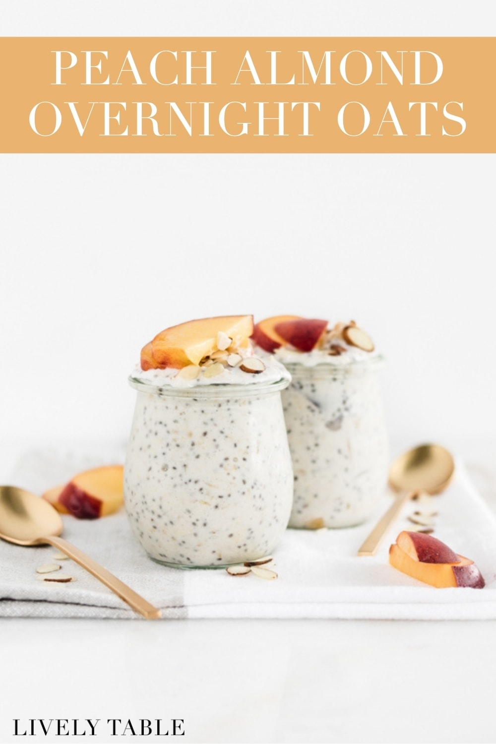 These almond peach overnight oats are a healthy and delicious make ahead breakfast that celebrates the best of summer peaches! (#glutenfree, #vegetarian) #overnightoats #oatmeal #breakfast #makeahead #mealprep #recipes #healthy #peach