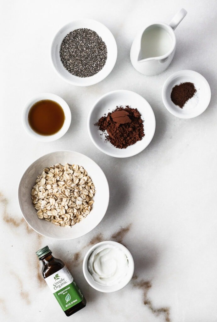 overhead view of ingredients needed to make thin mint overnight oats.